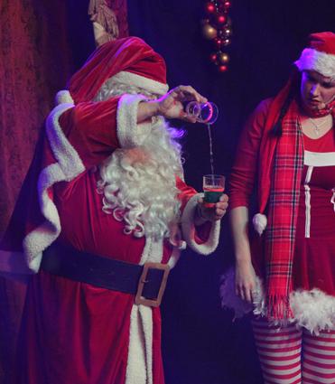 1d0e7dff Julemanden blander trylledrik til Nisseline
